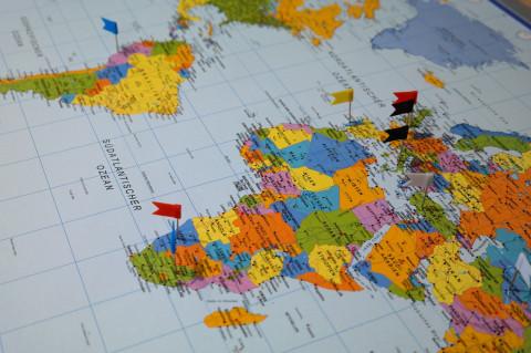 Mapa del mundo con destinos señalados