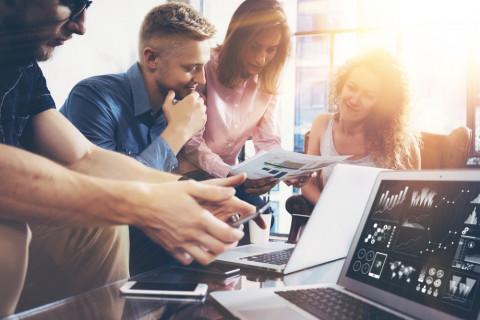 Equipo de trabajo de marketing digital
