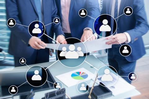 Equipo de recursos humanos trabajando