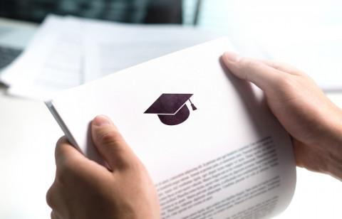 Documento para convalidar un título extranjero en Panamá