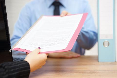 Entrega de documentos para homologar un título