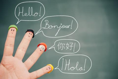 Saludos en varios idiomas
