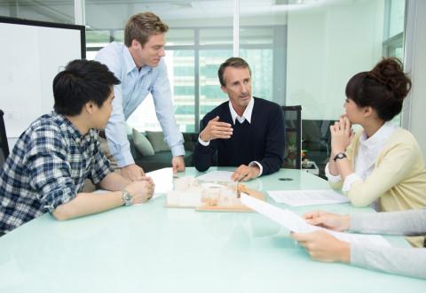Reunión de expertos en gestión de instituciones educativas